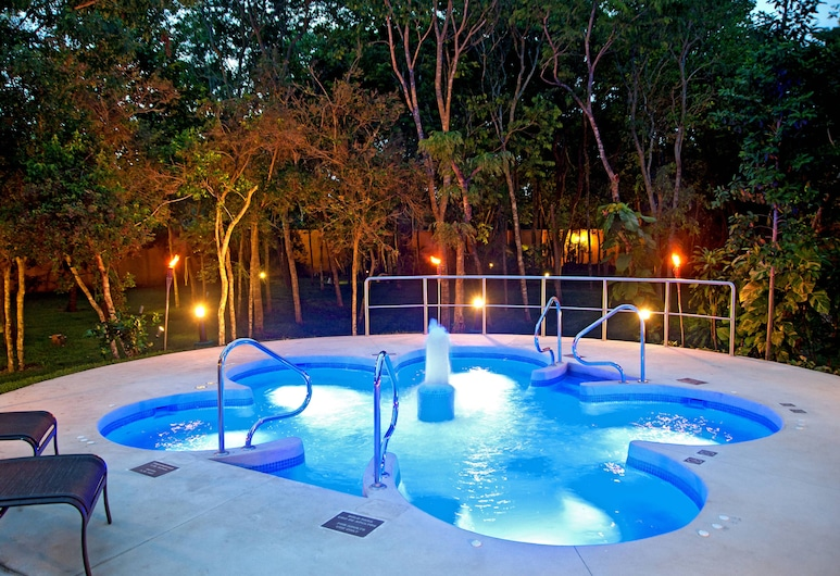 Courtyard By Marriott Cancun Airport, แคนคูน, สระว่ายน้ำ