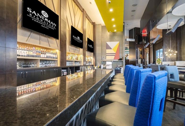 Sandman Signature Toronto Airport Hotel, Torontas, Viešbučio baras