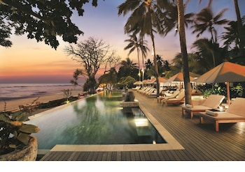 Enter your dates to get the Senggigi hotel deal