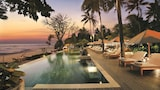 Choose This Spa Hotel in Senggigi - Online Room Bookings