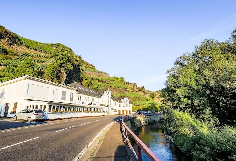 Hotel-Restaurant Zum Sänger an der Ahr, Bad Neuenahr-Ahrweiler, Hotel Front