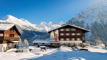 Picture of Hotel Alte Krone in Mittelberg