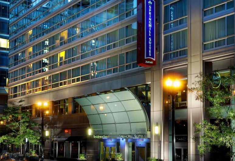 Springhill Suites by Marriott Chicago Downtown/ River North, Chicago, Außenbereich