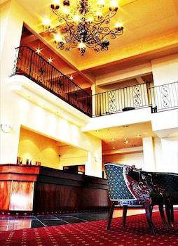 Introduce las fechas para ver los descuentos de hoteles en Hamilton