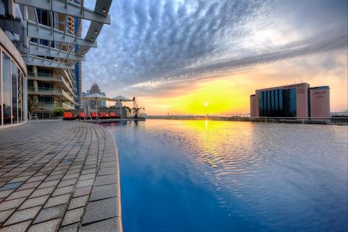 塔馬尼碼頭公寓飯店/