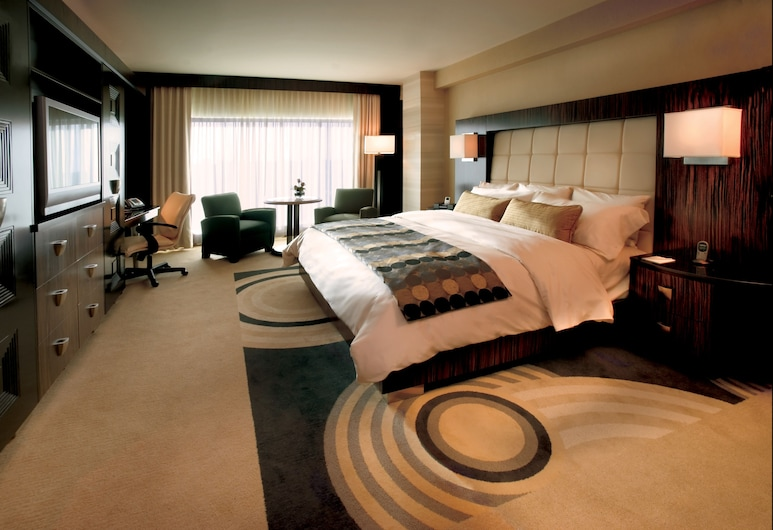 MotorCity Casino Hotel, Detroit, Executive King Room, Guest Room