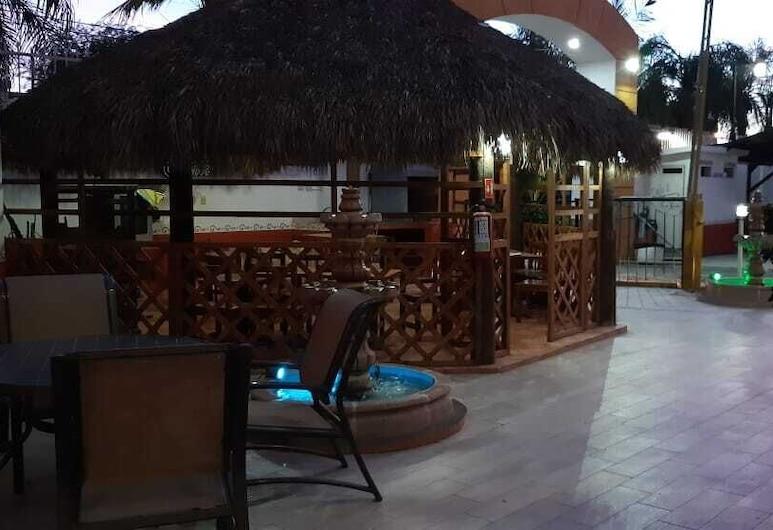 Hotel Las Fuentes, Los Mochis, Terraza o patio