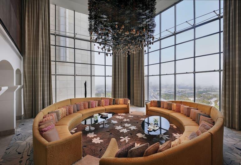 The H Hotel, Dubai, Dubajus, Karališkos klasės mansarda (Suite), Svečių kambarys
