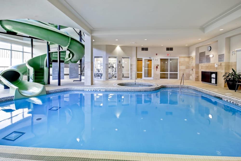 Vandens kalnelis