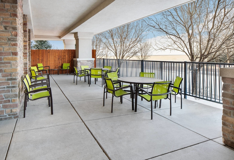 SpringHill Suites by Marriott Denver Airport, Denver, Terraza o patio