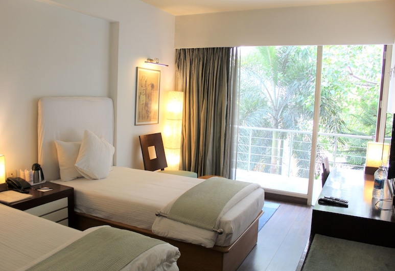 RnB Select The Clover, Gurugram, Deluxe Room, Guest Room