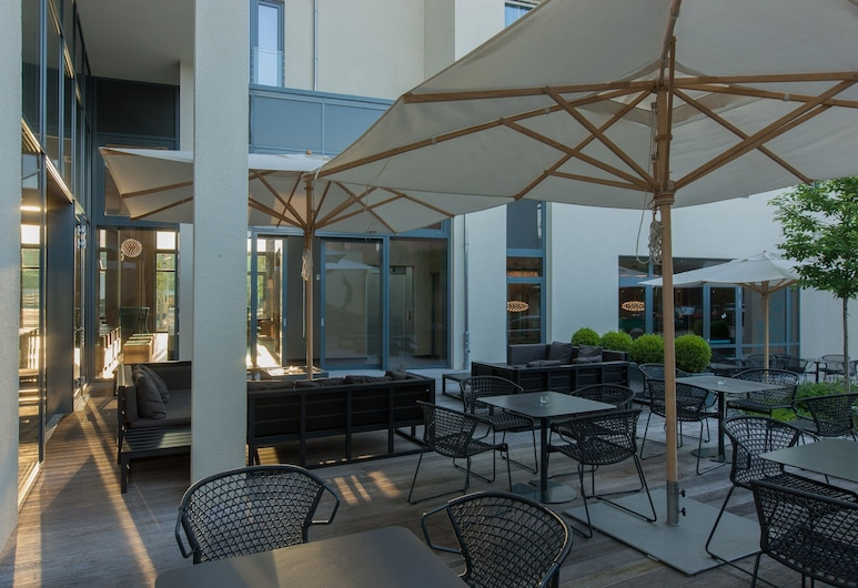 Motel One Stuttgart, Stuttgart, Terraza o patio