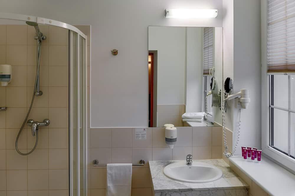 Værelse med 2 enkeltsenge - 2 enkeltsenge - Badeværelse