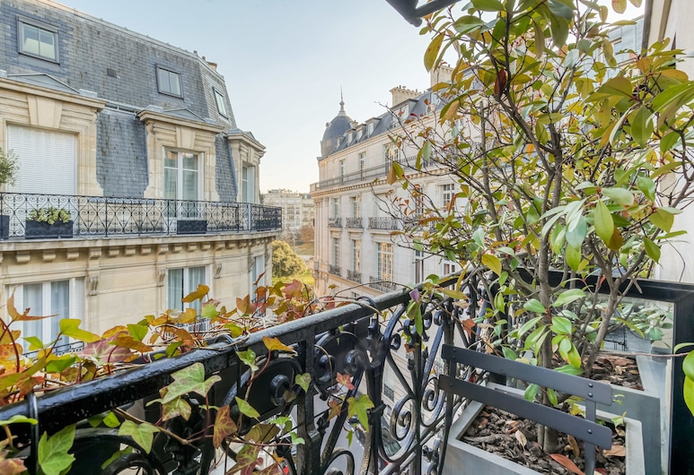 Room Mate Alain Champs Elysées, Παρίσι, Superior Δίκλινο Δωμάτιο (Double), Μπαλκόνι, Δωμάτιο επισκεπτών