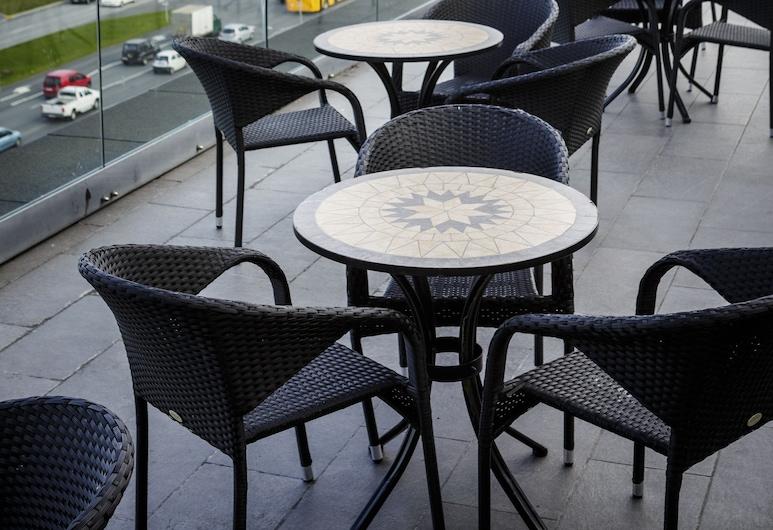 Center Hotels Arnarhvoll, Reykjavik, Açık Havada Yemek