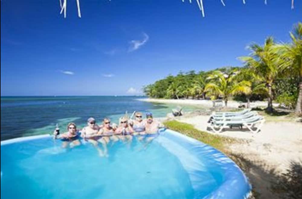 Book Las Rocas Resort And Dive Center In Roatan Hotels Com