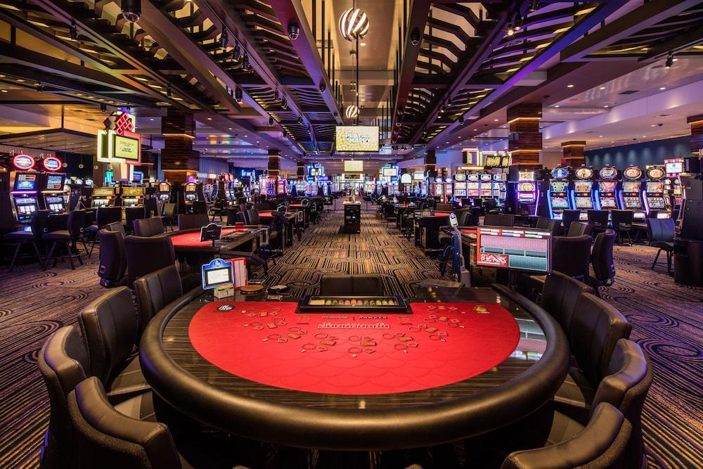 казино у таурина