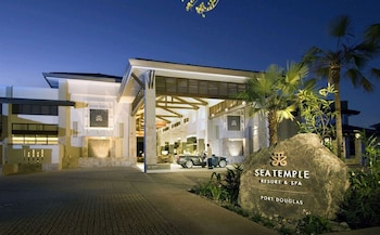 Picture of Pullman Port Douglas Sea Temple Resort and Spa in Craiglie