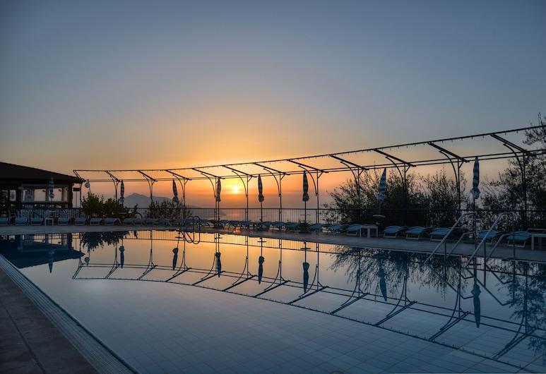 Residence Gocce Di Capri, Massa Lubrense, Outdoor Pool