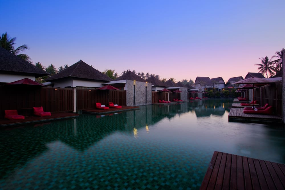 6-Hour use One-Bedroom Lagoon Pool Access Villa - Guest Room
