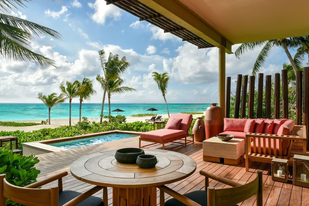 Studio Suite, Beachfront - Guest Room