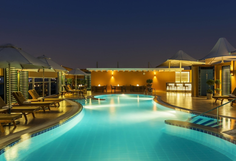 Four Points by Sheraton Downtown Dubai, Dubai, Piscina