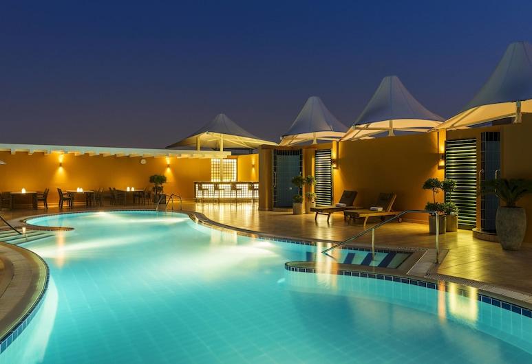 Four Points by Sheraton Downtown Dubai, Dubai, Poolside Bar