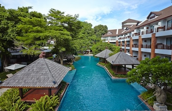 Picture of Woodlands Hotel & Resort in Pattaya