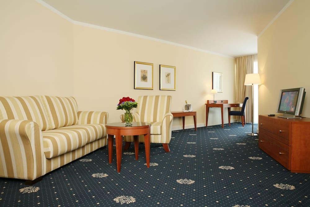 Junior Suite, 1 Katil Ratu (Queen) - Ruang Tamu