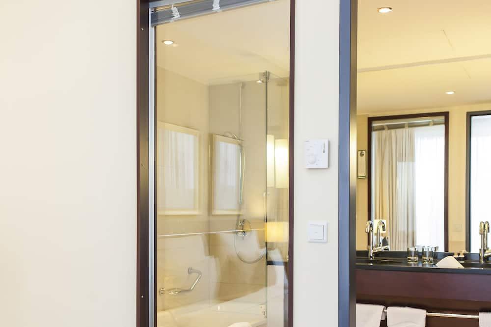 Deluxe Suite, 1 Katil Raja (King) - Bilik mandi