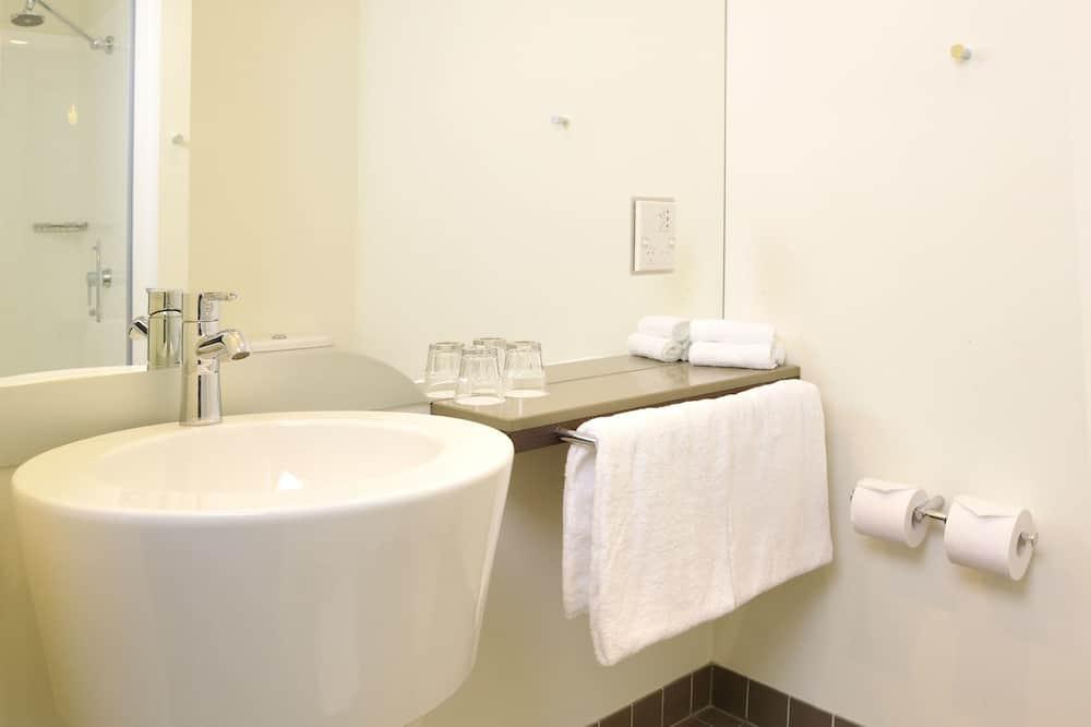 Superior-værelse - 1 queensize-seng - Badeværelse