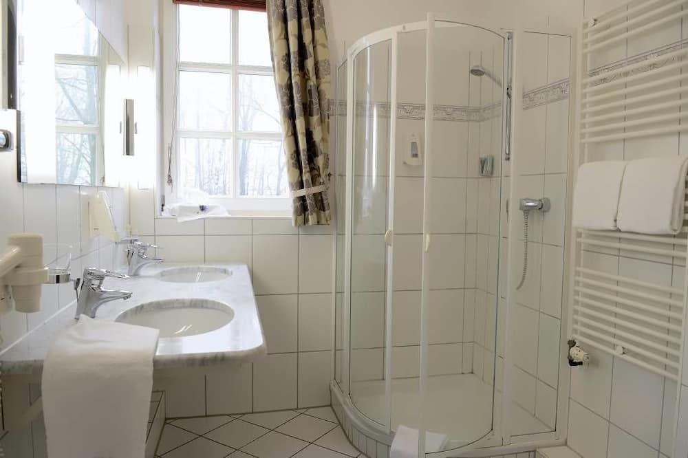 غرفة مزدوجة للاستخدام الفردي - حمّام