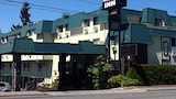 Choose This Business Hotel in Bremerton -  - Online Room Reservations