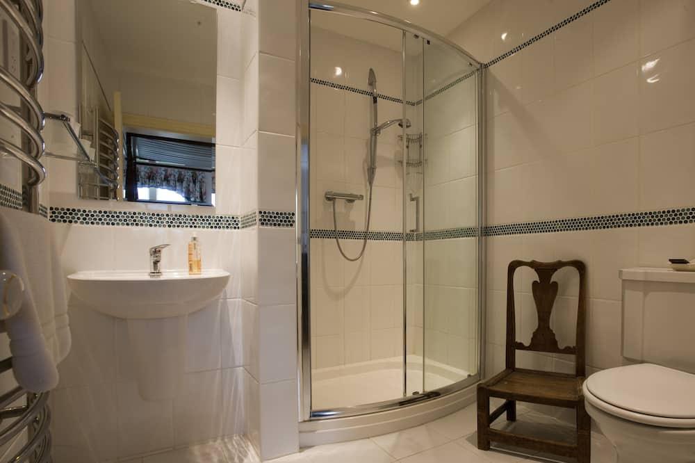 Tek Büyük Yataklı Oda, Banyolu/Duşlu - Banyo