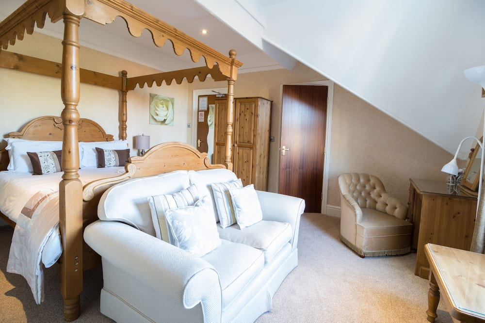 Double Room (Four Poster) - Guest Room