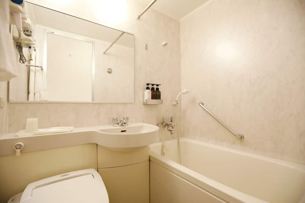Superior Double Room, 1 Queen Bed, Non Smoking - Bathroom