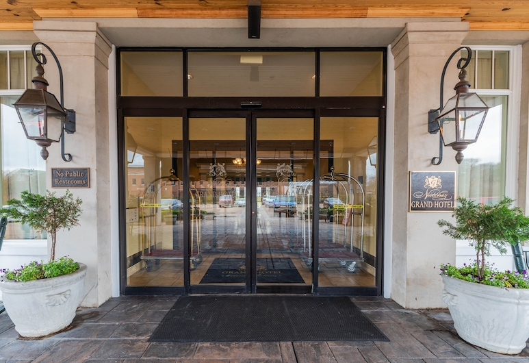 Natchez Grand Hotel & Suites On the River, Natchez, Inngangsparti