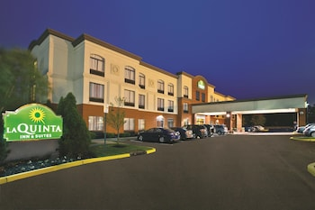 Picture of La Quinta Inn & Suites Mt. Laurel - Philadelphia in Mount Laurel
