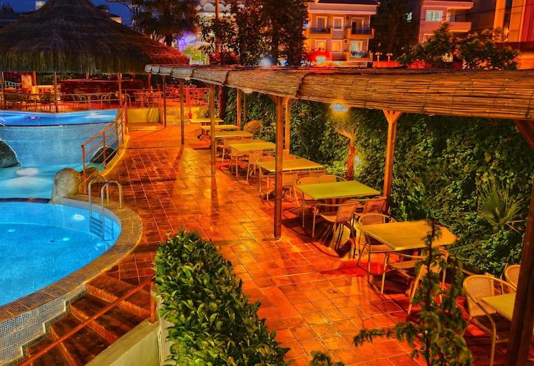 Begonville Hotel, Marmaris, Bahçe