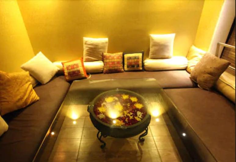 Peninsula Grand Hotel, Mumbai, Salón lounge del hotel