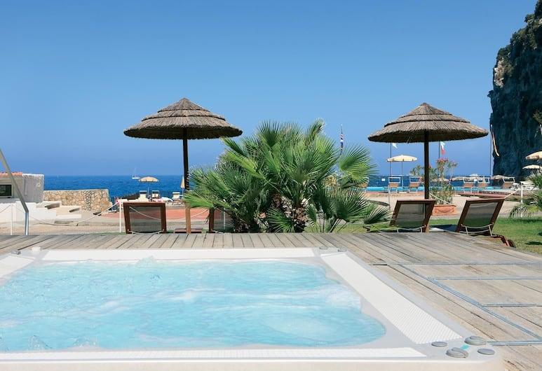 Sea Club Conca Azzurra Resort, Massa Lubrense, Outdoor Spa Tub