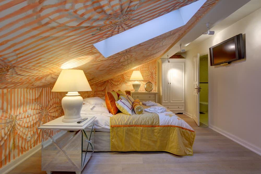 דירת יוקרה - חדר אורחים