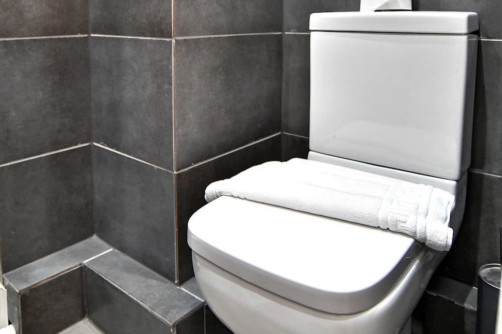 City Double Room, 1 Bedroom, Ensuite, Ground Floor - Bilik mandi