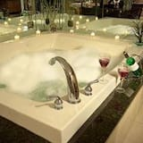 Premium Suite, 1 King Bed, Non Smoking (Adults Only) - Jetted Tub