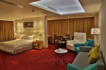 Picture of Dhaka Regency Hotel & Resort in Dhaka