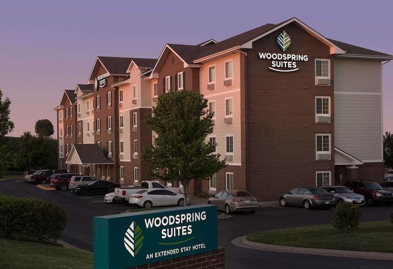 WoodSpring Suites Kansas City Lenexa, Lenexa