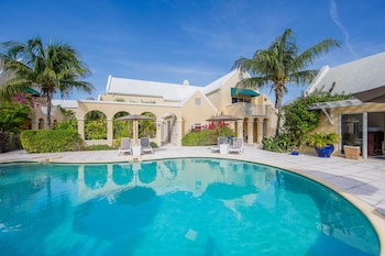 Picture of Reef Residences in Providenciales