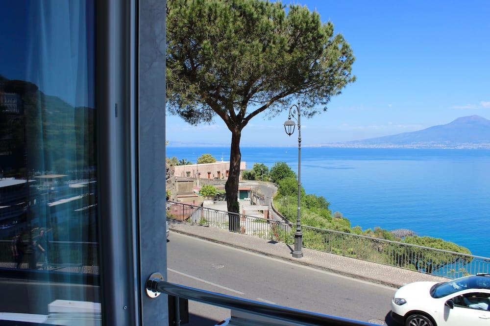 Deluxe Double Room, Non Smoking, Sea View - Balcony View