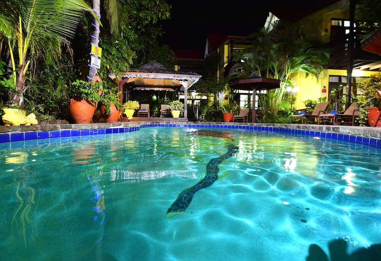 The Ginger Lily Hotel, Gros Islet, Buitenzwembad