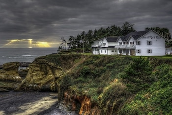 Depoe Bay bölgesindeki Inn at Arch Rock resmi